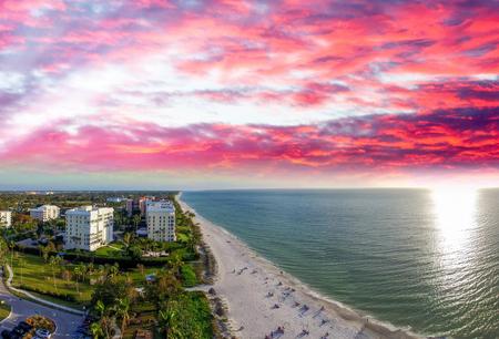 Napels kustlijn, Florida.
