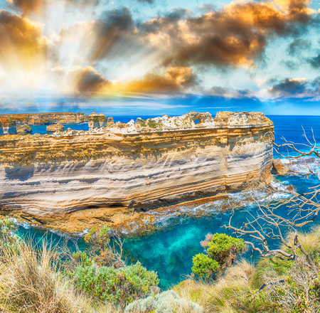 ard: The Razorback, a rock formation at the Loch Ard Gorge viewpoint in the Port Campbell, Victoria, Australia Stock Photo
