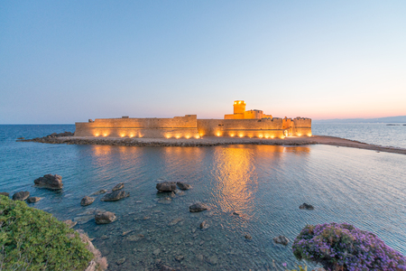 capo: Fortezza Aragoneseat night, Le Castella - Calabria - Italy. Editorial