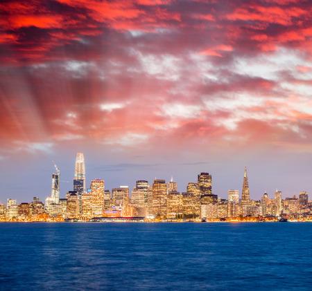 Amazing night skyline of San Francisco, CA. Éditoriale