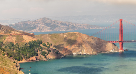 San Francisco Golden Gate Bridge and nothern coast aerial view. Banque d'images