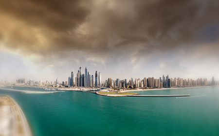 Aerial panorama of Dubai Marina - View from palm Jumeirah Island. Banque d'images