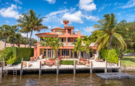 FORT LAUDERDALE, FL - FEBRUARY 29, 2016: Beautiful homes along city canals. Fort Lauderdale is a famous tourist attraction in Florida.