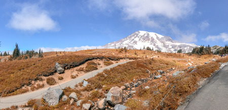 Panoramic view of Mt Rainier trails on a beautiful autumn day.