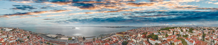 Panoramic aerial view of Lisbon cityscape and port at dusk, Portugal 版權商用圖片 - 114883920