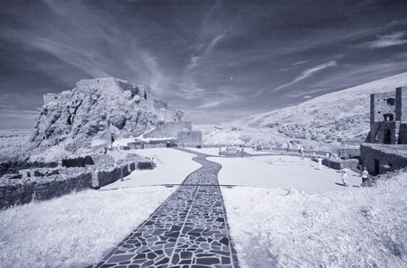 Beautiful mountain scenario, infrared view. Imagens - 118584670