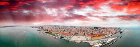 Lisbon, Portugal. Aerial view of Commerce Square and city skyline. Imagens
