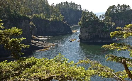 flattery: Stunning ocean scene of Cape Flattery in Washington state, this is the most north western point of the continental United States.