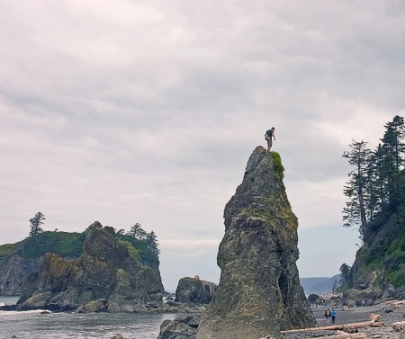 This is a cloudy day at Ruby Beach Washington on a typical day showing off the shore's great beauty with people being people. Stock Photo - 5027791