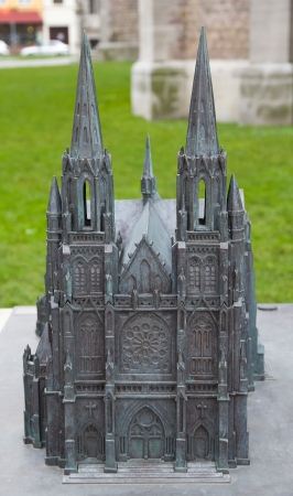 belgie: Miniature model of the Church of Saint Peter and Saint Paul  Sint-Petrus-en-Pauluskerk   Front view  Ostend, West Flanders, Belgium