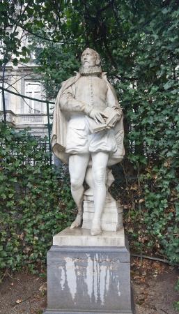 Statue (circa XIX c.) of Philips of Marnix, Lord of Saint-Aldegonde, Lord of West-Souburg (1538 - 1598), a Flemish and Dutch writer and statesman. Petit Sablon  park, Brussels, Belgium  Stock Photo - 17554797