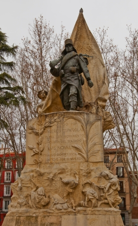 mariano: Monument to Spanish corporal Luis Noval Ferrao  1887 – 1909   Plaza de Oriente  square  in Madrid, Spain  Sculpted in bronze and stone by Mariano Benlliure in 1912