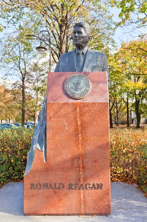 ronald reagan: WARSAW, POLAND - OCTOBER 20, 2014:  Monument to Ronald Reagan, the 40th President of the United States in Warsaw, Poland. Sculptor Wladyslaw Dudek, 2011