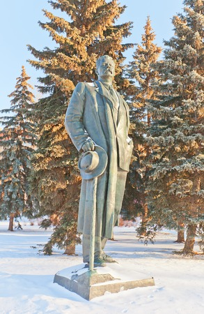 gorky: MOSCOW, RUSSIA - JANUARY 06, 2015: Monument to Russian writer Maxim Gorky (Alexei Peshkov) in Muzeon Art Park in Moscow, Russia. Sculptors Mukhina, Shadr, 1951