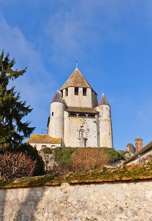 donjon: Medieval keep Caesar Tower (circa XII c.), landmark and emblem of Provins town, France. UNESCO World Heritage Site Stock Photo