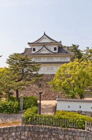 besiege: Fushimi Yagura turret circa XVII c. of Fukuyama Castle in Fukuyama Japan. Moved from Fushimi castle of Kyoto. Important Cultural Property