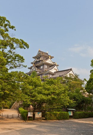 besiege: Main keep donjon of Okayama Castle erected in 1597 reconstructed in 1966 in Okayama Japan. National Historic site