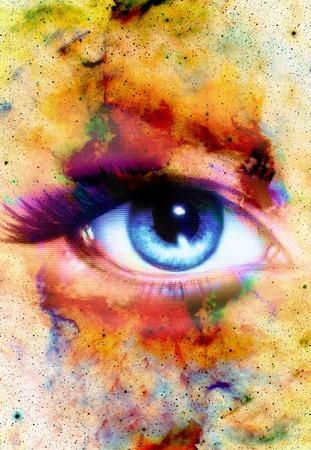 Mujer de ojos y color de fondo abstracto, el contacto visual