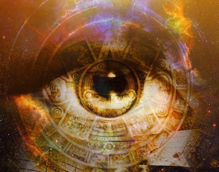 Calendario maya antigua y ojo de la mujer, del extracto del fondo del color, collage equipo