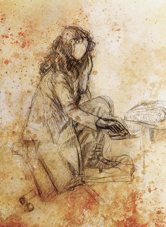 to sit: mujer joven sentada en frente de plano ordenador, fondo de papel. color de la sepia