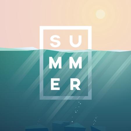 fond d'été avec scène et sunbeams de paysage sous-marin dans l'océan. texte d'été dans le centre.