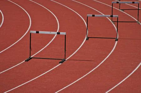 Obst�culos en un campo de atletismo Foto de archivo - 3912309