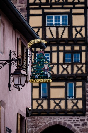 Riquewihr, France - April 27, 2017 : Ornate sign of shop in the touristic region of Alsace . 新聞圖片
