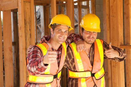 jornada de trabajo: Trabajadores de la Construcci�n de dos puestos de trabajo en el trabajo conjunto