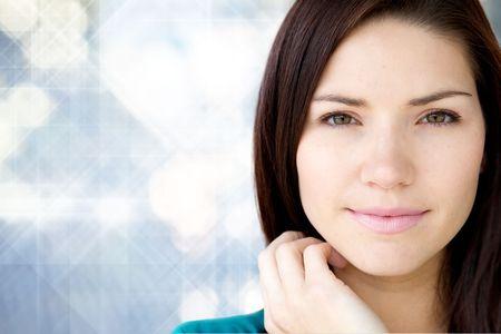 hair short: Una ragazza giovane e bella con la pelle fresca