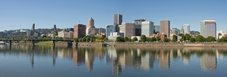 portland oregon: Portland Oregon Downtown Waterfront Skyline Reflection Panorama