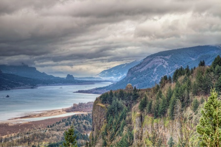 gorge: Columbia River Gorge Scenic View with Crown Point and Beacon Rock from Oregon Viewpoint