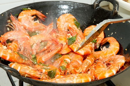 Stir Fry Prawns with Curry Leaves and Garlic in Wok