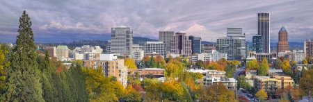 portland: Portland Oregon Downtown City Skyline with Mount Hood in the Fall Panorama
