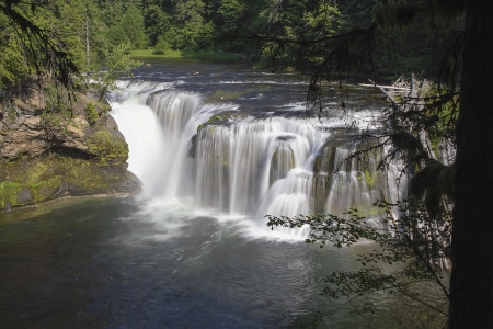 river county: Lower Lewis River Falls in Skamania County Washington State Stock Photo