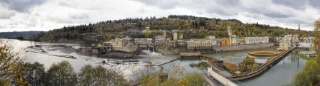 waterfall in the city: Hydro Power Plant at Willamette Falls Lock in Oregon City at Fall Season Panorama