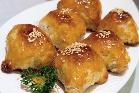 manjar: Siu Char Sou Barbecue Pork Pastelería Dim Sum Dish macro del primer