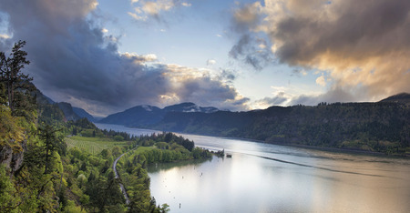 gorge: Columbia River Gorge at Hood River Oregon Scenic View During Sunset with Stormy Clouds Panorama