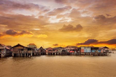 Sunrise Over Chew Jetty in Penang Malaysia Archivio Fotografico