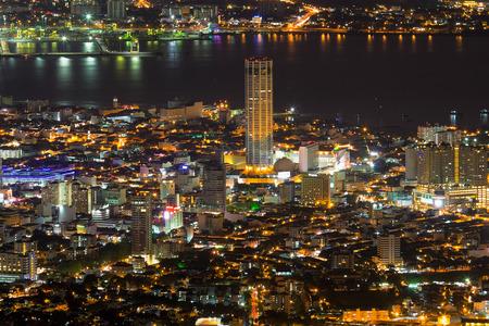 George Town Penang Maleisië Luchtfoto Scenic uitzicht vanaf Penang Hill met City Lights at Night