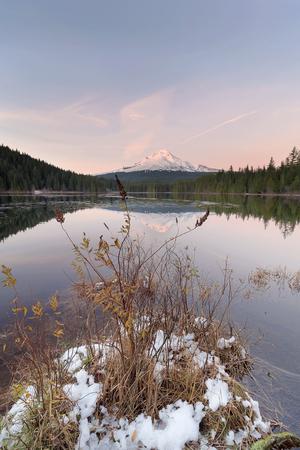 trillium lake: Winter Season at Trillium Lake with Mount Hood Reflection during Sunset