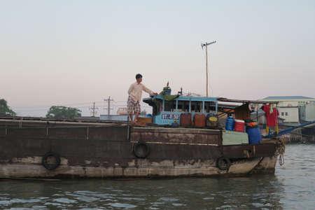 mekong: Mekong Boat