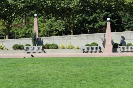 bellevue: Benches in Bellevue Washington Downtown Park