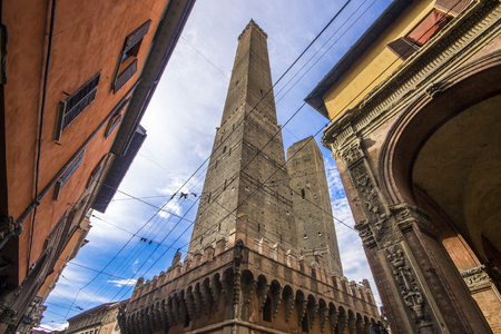 The two leaning towers of Bologna, Asinelli and Garisenda, le due torri, landmarks of the city. Italy