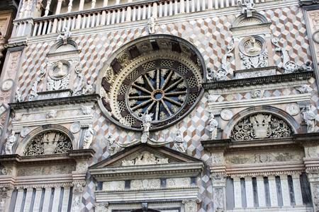 Monuments of the Citta Alta (upper city) of Bergamo, Italy. the Duomo (cathedral), the Basilica di Santa Maria Maggiore and the Cappella Colleoni (Colleoni chapel) Foto de archivo