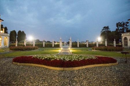 빌라 Fenaroli 궁전, Brescia, Lombardy, 이탈리아의 지방에있는 Rezzato에서있는 Lombard 별장