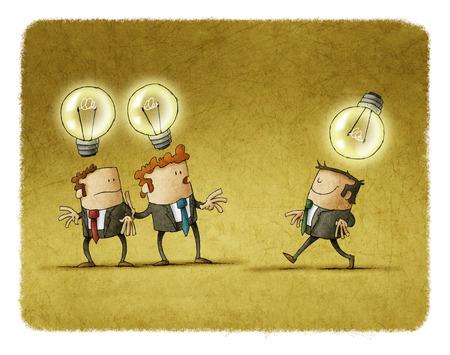 Dos hombres de negocios con una idea mirar a otro que tiene una idea diferente