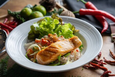Salmon spicy salad
