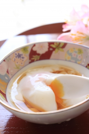 poach: japanese cuisine, hot spring poached egg