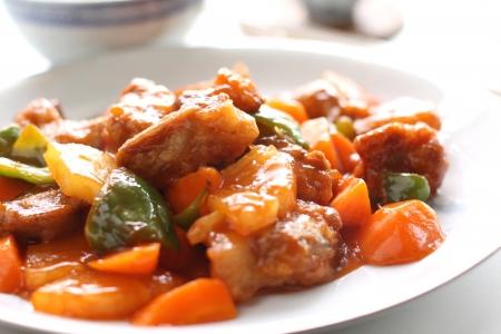 야채와 함께 중국 요리, 달콤한 신맛 갈비