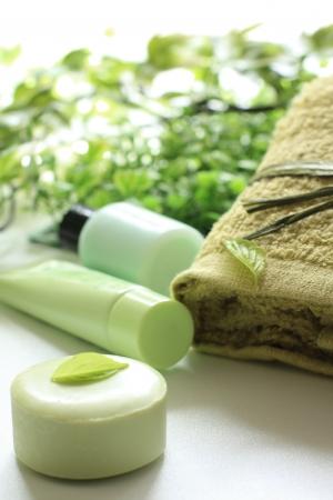 緑茶石鹸とタオル